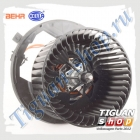 Мотор печки Тигуан Behr-Hella 8EW351043-221